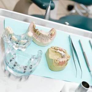 Leistungen Kategorien Zahnersatz Zahnarztpraxis Dr. Grüttner Schroff