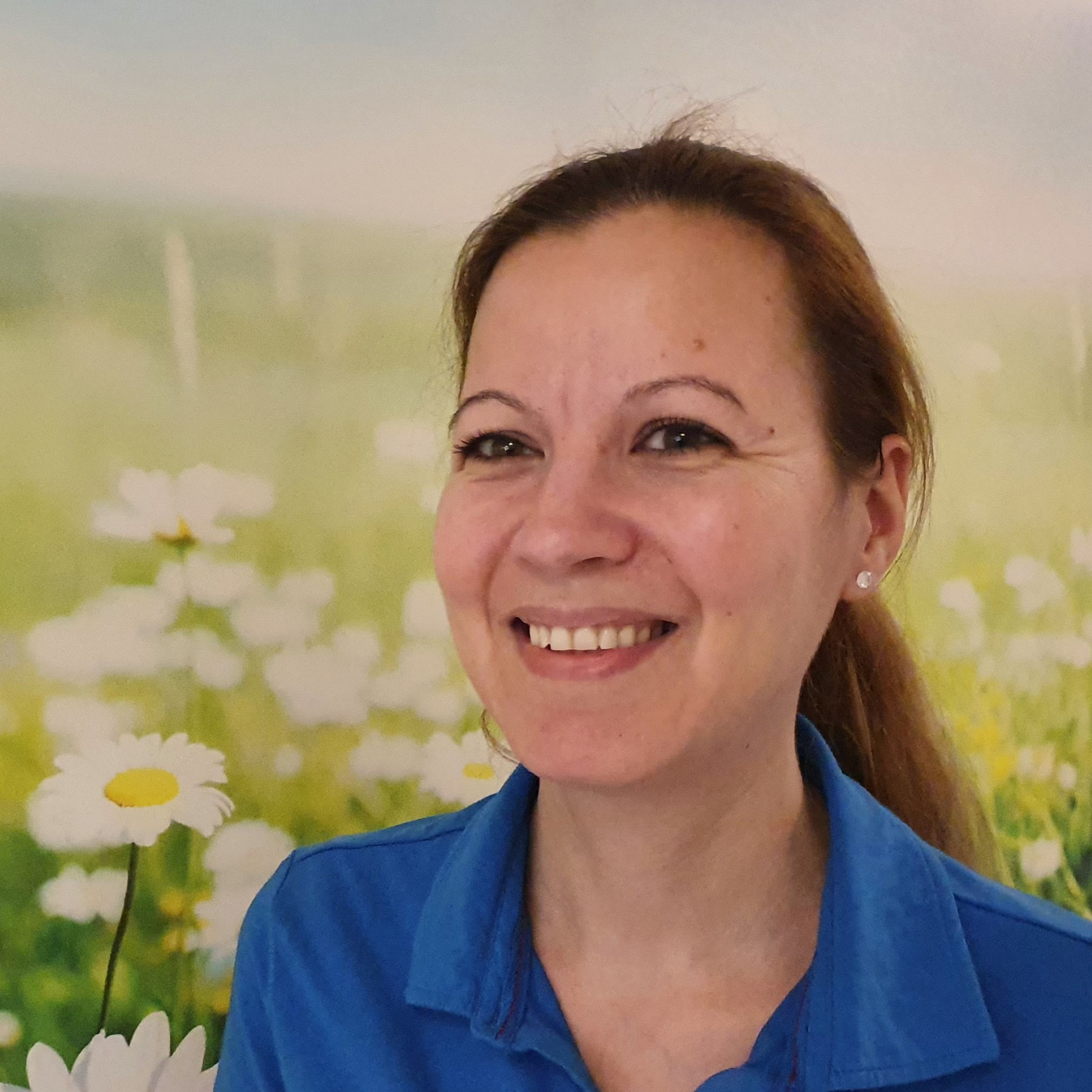 Frau Lipp 2 Zahnarztpraxis Dr. Grüttner Schroff